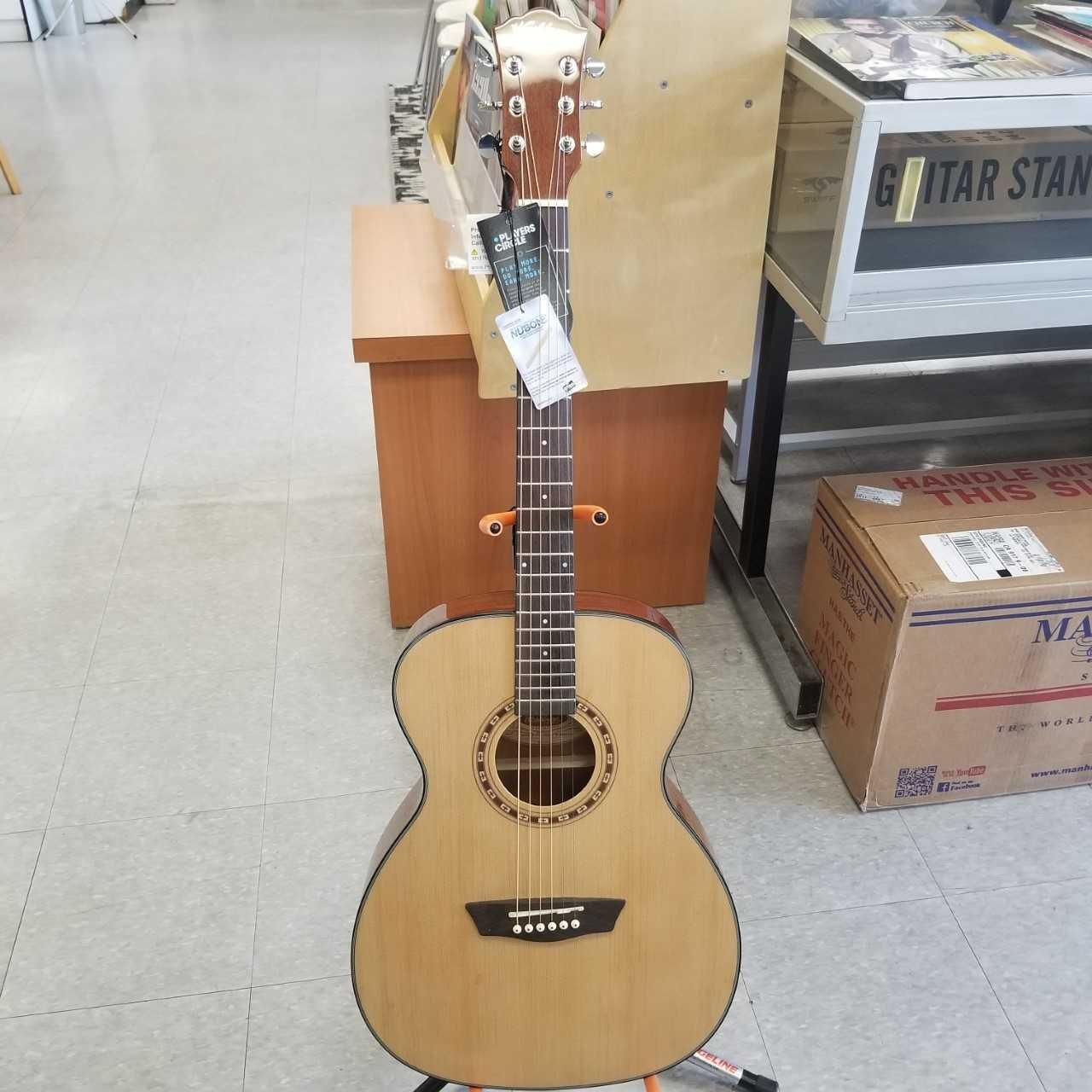Washburn Folk Acoustic Guitar