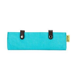 Della Q Bags & More