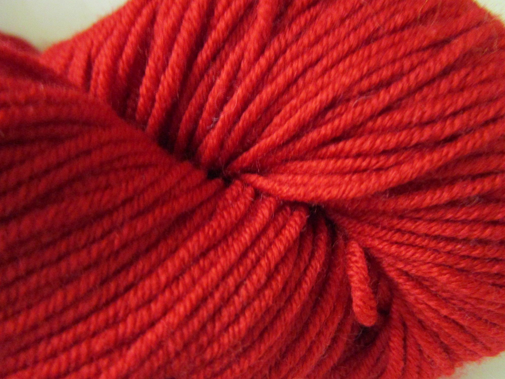 worsted merino scarlet 57