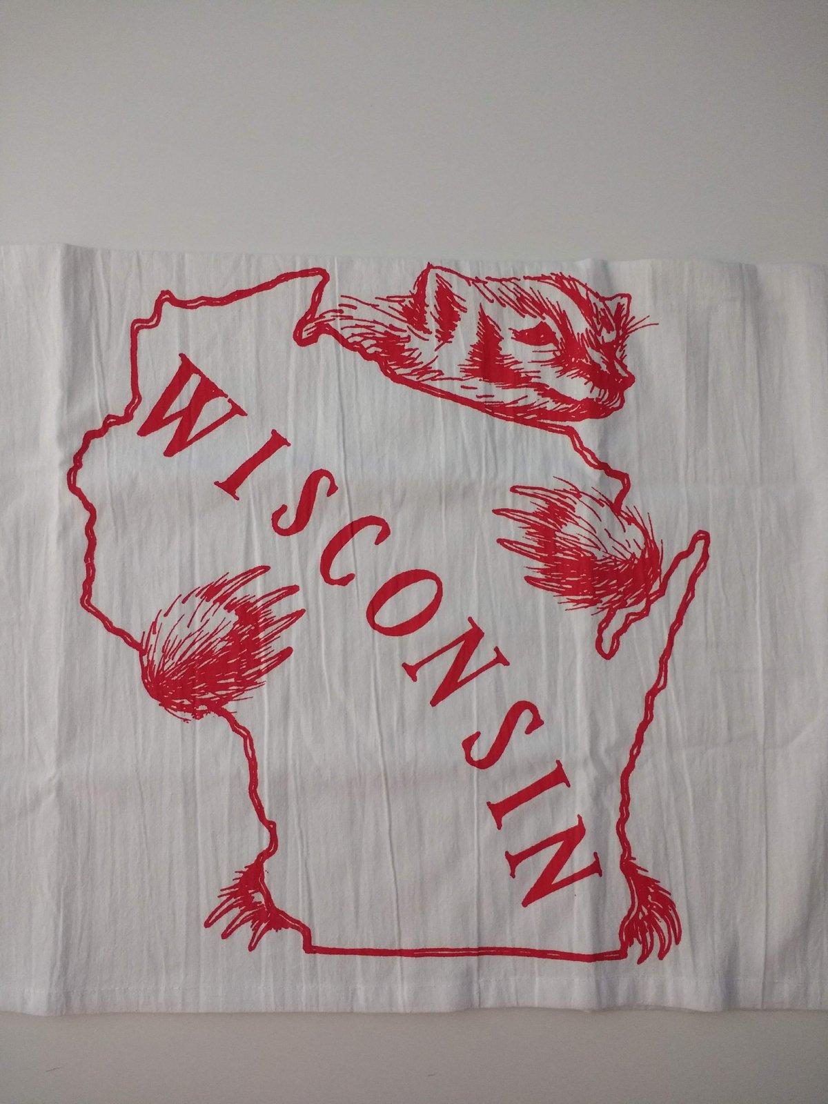 Wisconsin badger hugs tea towel