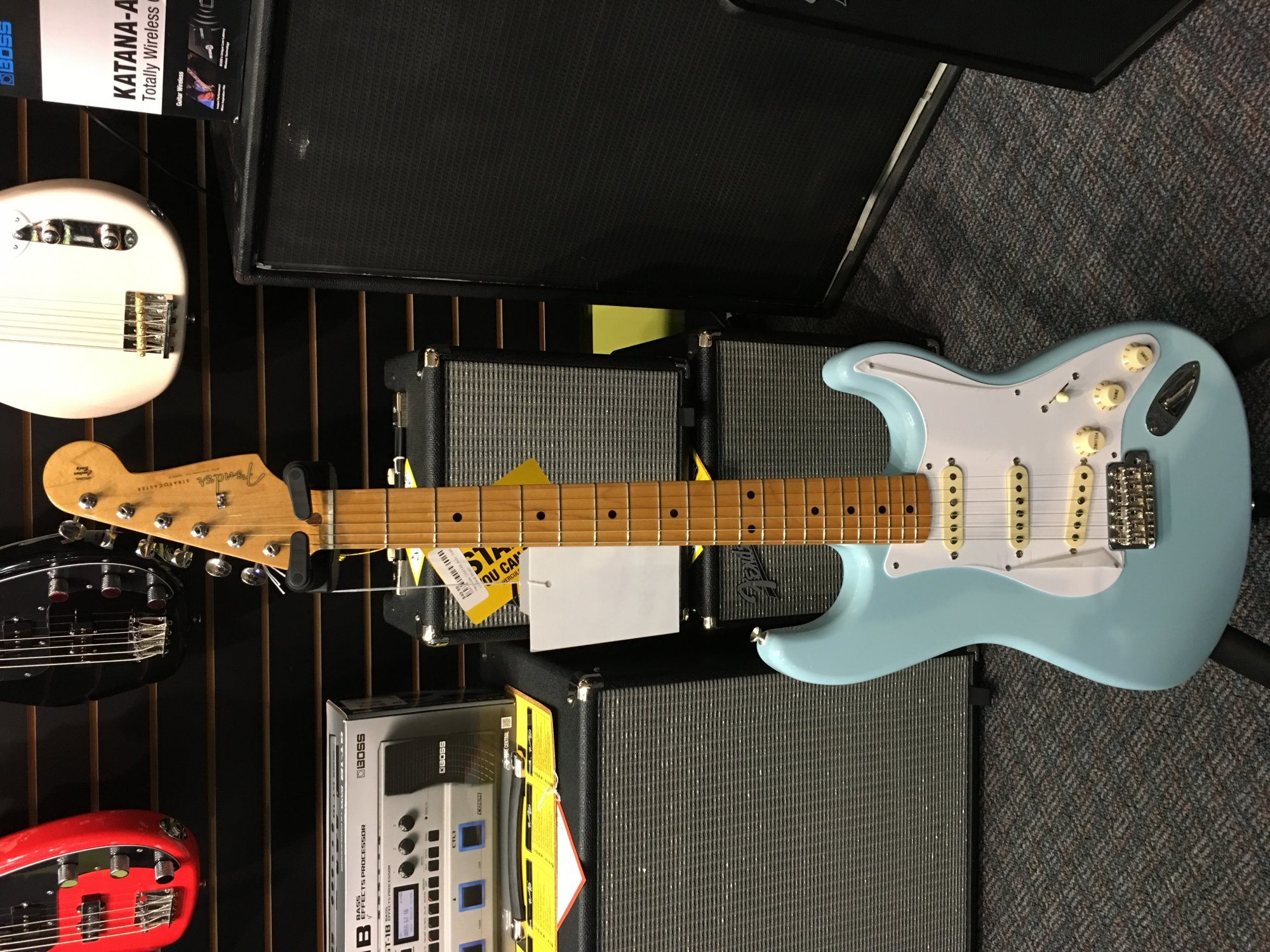 Fender Classic Series 50s Stratocaster Daphne Blue Maple Fingerboard
