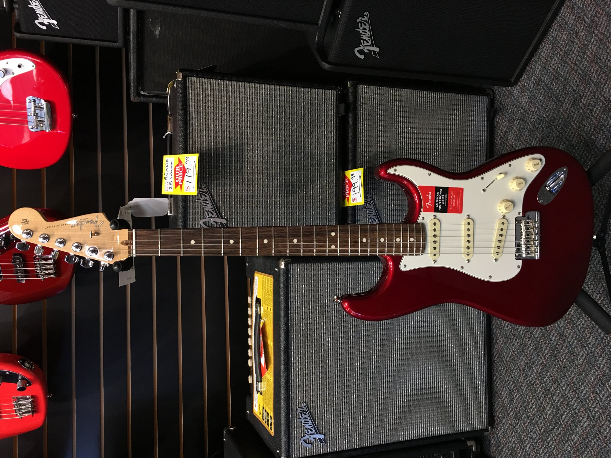Fender Stratocaster Professional Candy Apple Red Rosewood Fingerboard