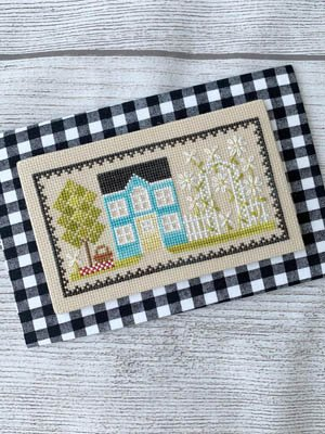 -9- 520 Sunshine House by Little Stitch Girl