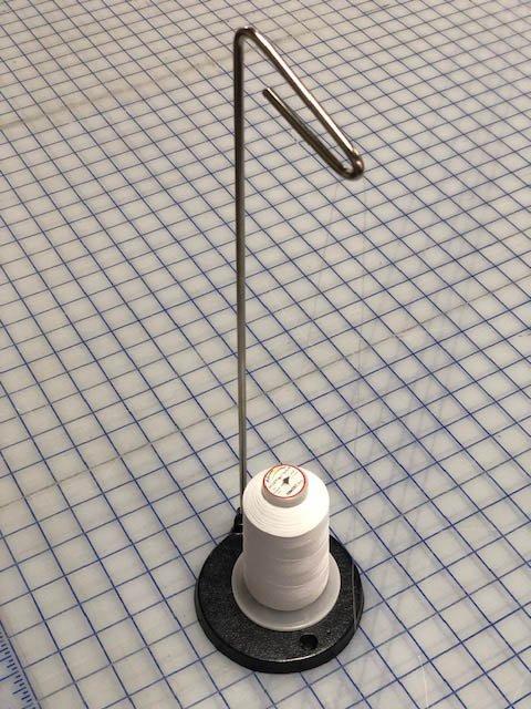 Single Cone Thread Stand Cast - Black