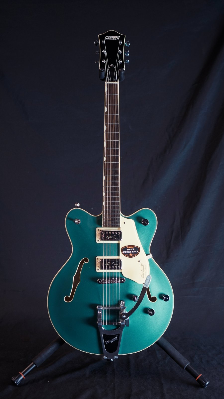 Gretsch G5622T Electromatic Center Block Double-Cut with Bigsby,