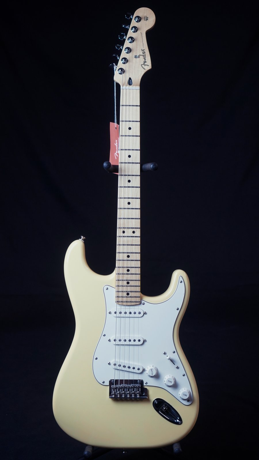 Fender Player Stratocaster Butter Cream