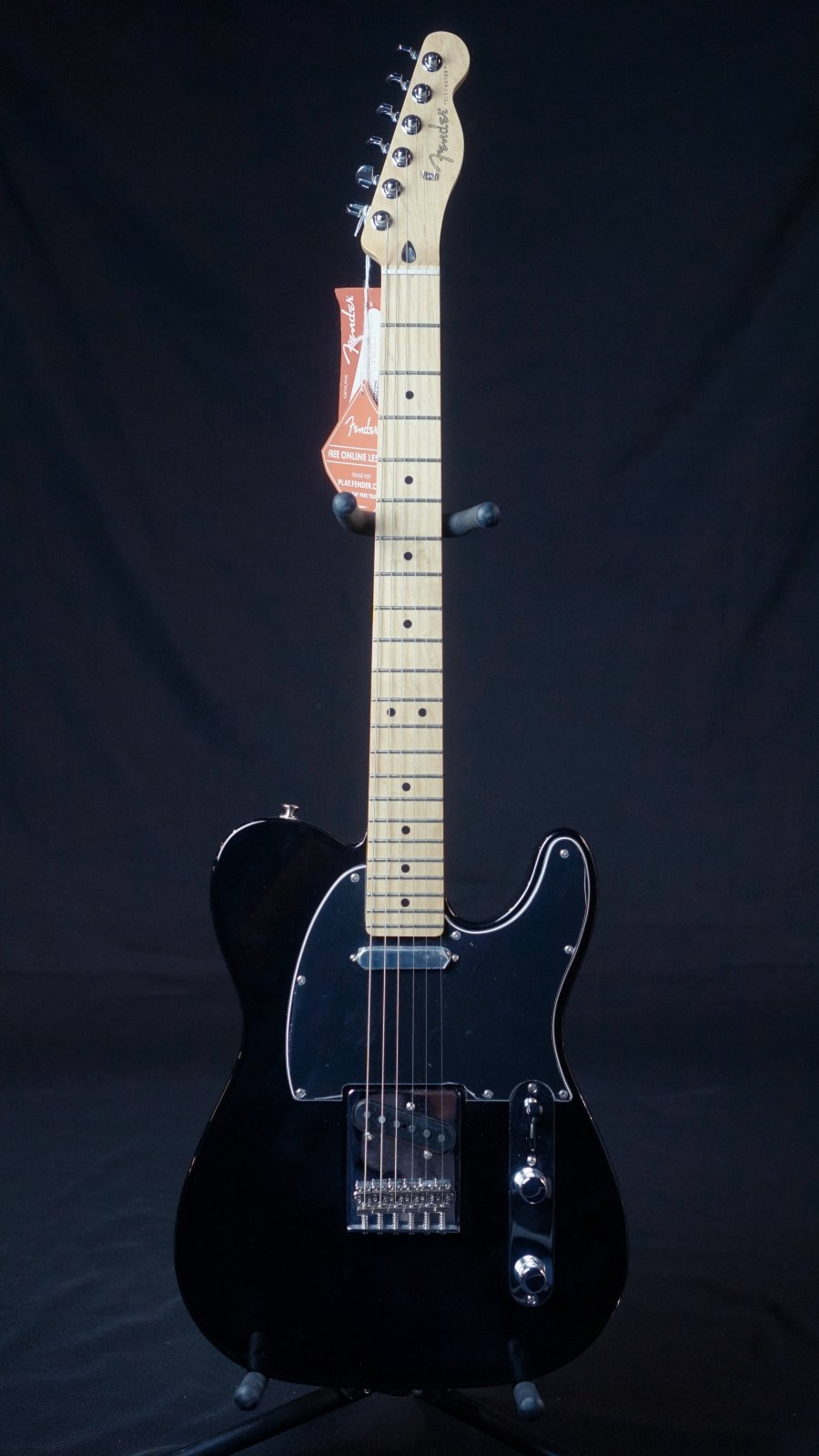 Fender Player Telecaster, Maple Fingerboard, Black