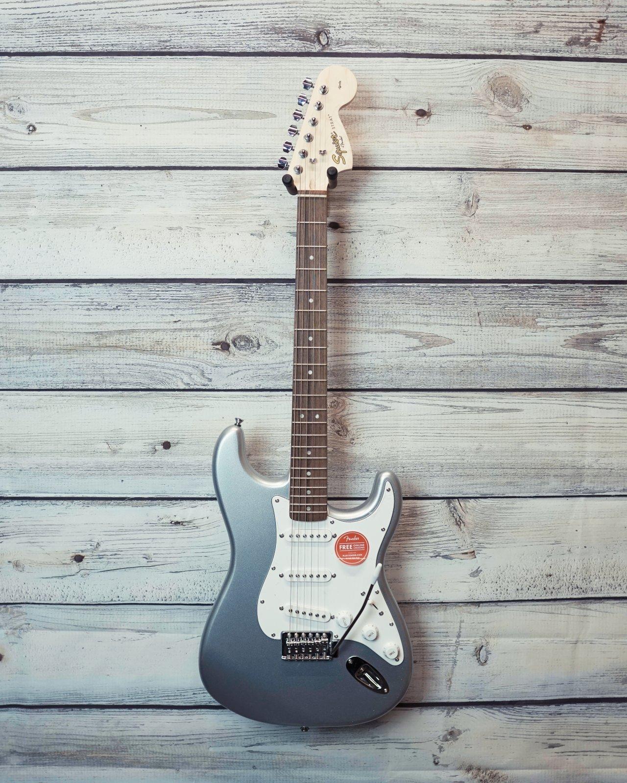 Squier Affinity Series Stratocaster, Laurel Fingerboard, Slick Silver