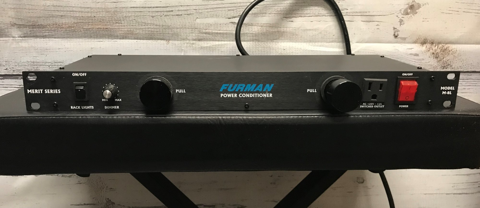 Used Furman M8-L Power conditioner