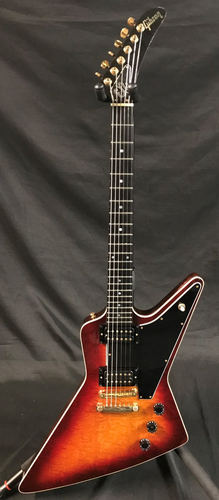 Used Gibson Explorer CMT 1981