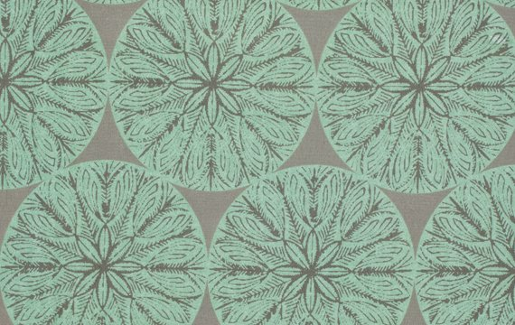 Victoria & Albert Garthwait Collection - Medallion Pattern