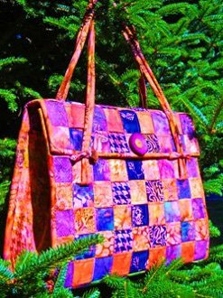 The Danforth Bag Pattern by Aunties Two