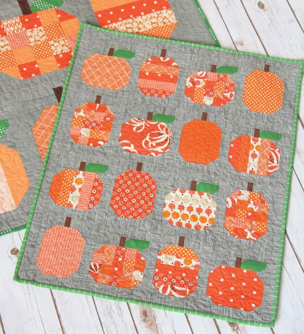 Mini Pumpkins Wallhanging Pattern by Cluck Cluck Sew