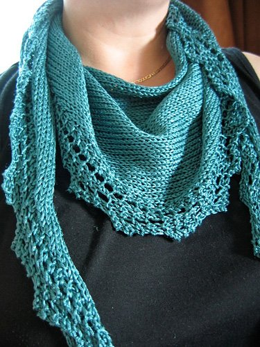 Chinook Scarf Knitting Pattern by Ali Green