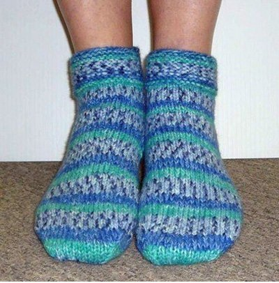 Encore Worsted Colorspun Slipper Socks Knitting Pattern F227 by Plymouth Yarns