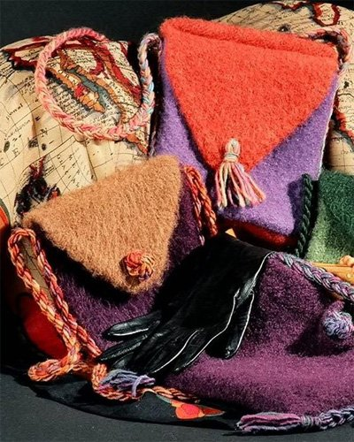 Felt Purses and Shoulder Bags I Knitting Pattern by Fiber Trends