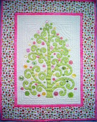 Flourish Wallhanging Pattern by Quiltlily Designs