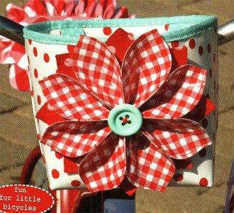 Lilla Handlebar Basket Pattern by Hemma Designs