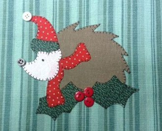 Holiday Hedgie Applique Wallhanging Pattern by Quilt Doodle Designs