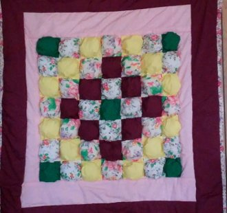 Biscuit Quilt and Pillow EPattern by Kaye Wood