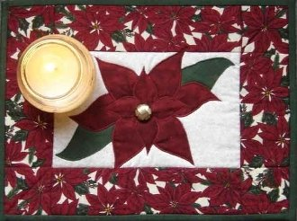 Poinsettia Candle Mat Pattern by Nestlings By Robin
