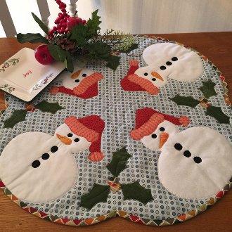 Snowbuddies Tablemat Pattern by Quilted Garden Designs