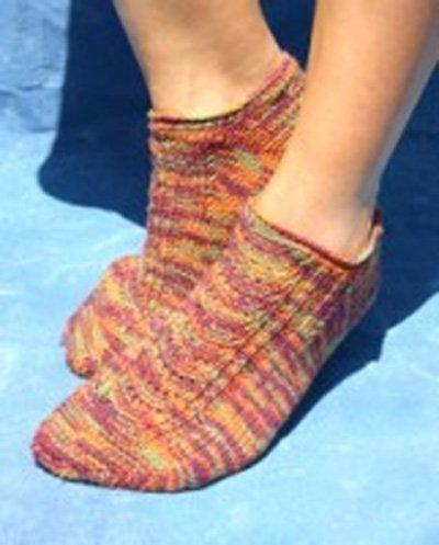 Reversible Peddie Sock Pattern by Kollage Yarns