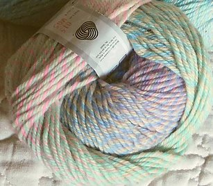 Rhythm Yarn by Jojoland color M05