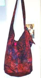 Kacey Hobo Style Tote Bag Pattern by Sisters Common Thread