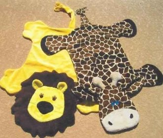 Zoo Buds - Larry the Lion and Gina Giraffe Blankets Pattern by Sisters Common Thread