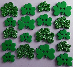 Shamrocks 16 ct Button Pack by Dress It Up
