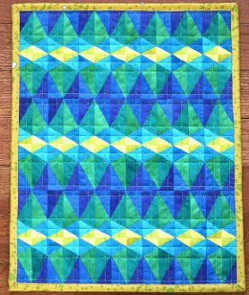 Mini Euclid Avenue Quilt Pattern by Sassafras Lane Designs