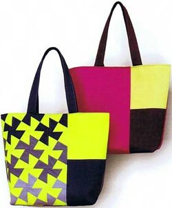 Twister Tote Bag Pattern by Around the Bobbin