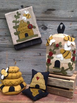 Busy Bees Doorstop and Pincushions by Wooden Spool Designs