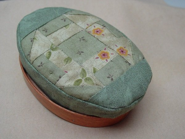 Pincushion- Oval Shaker Style