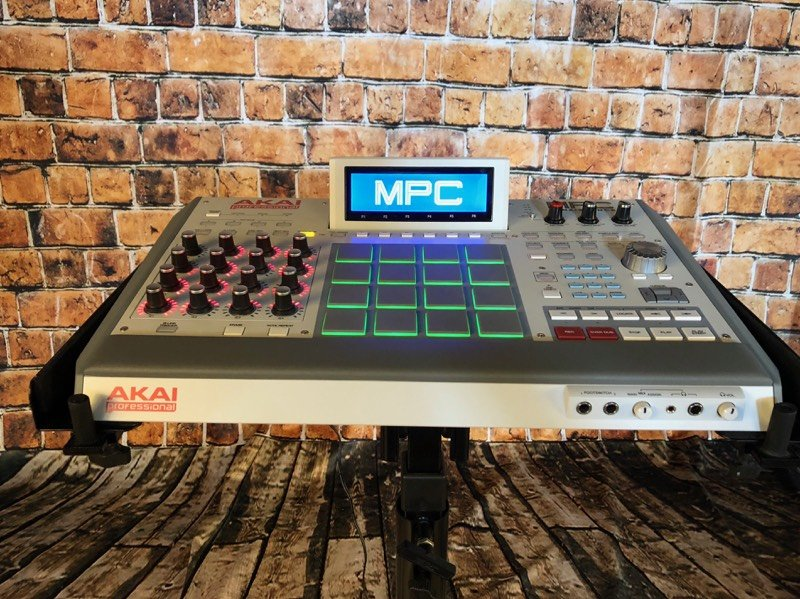 Used Akai MPC Renaissance Groove Production Studio