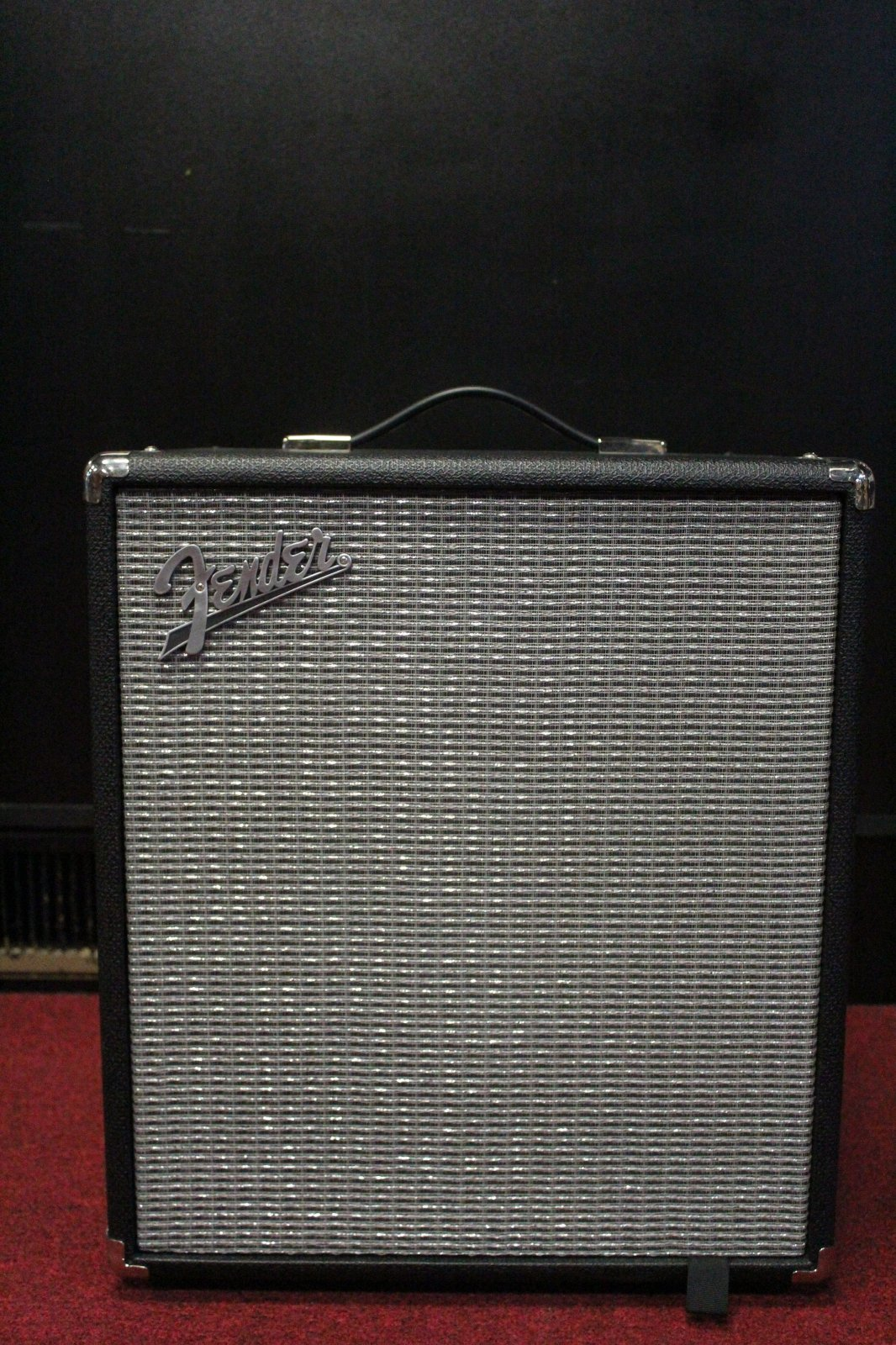 FENDER RUMBLE 100 BASS AMP