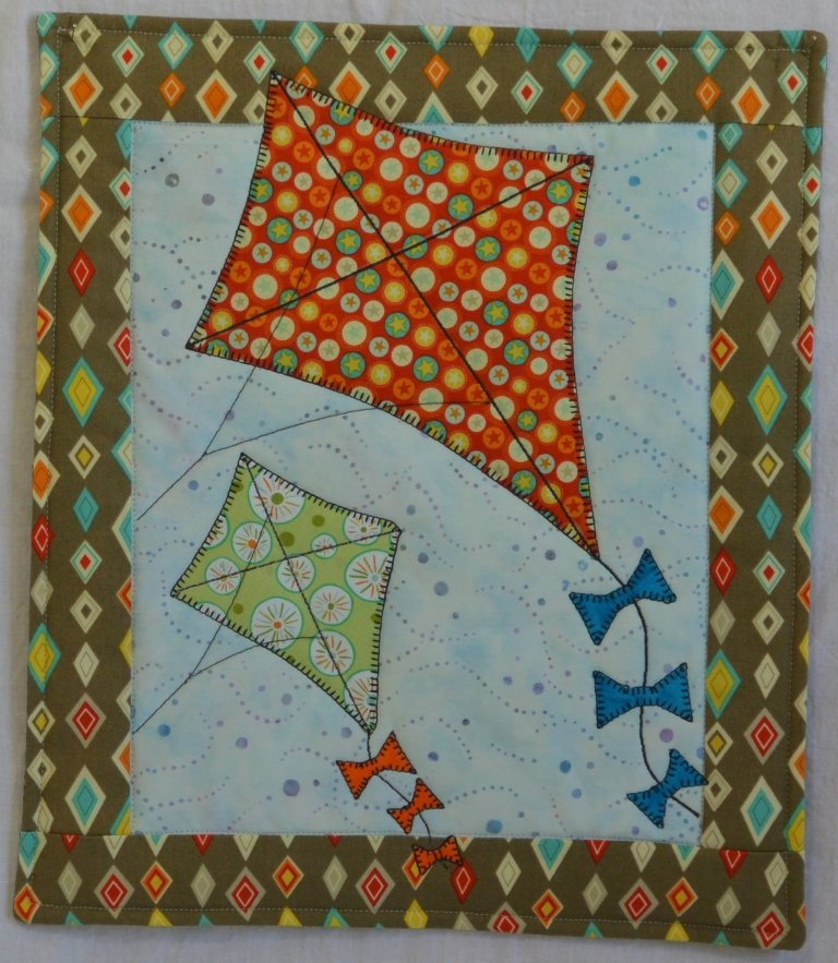 GO FLY A KITE PATTERN - MARCH - PDF