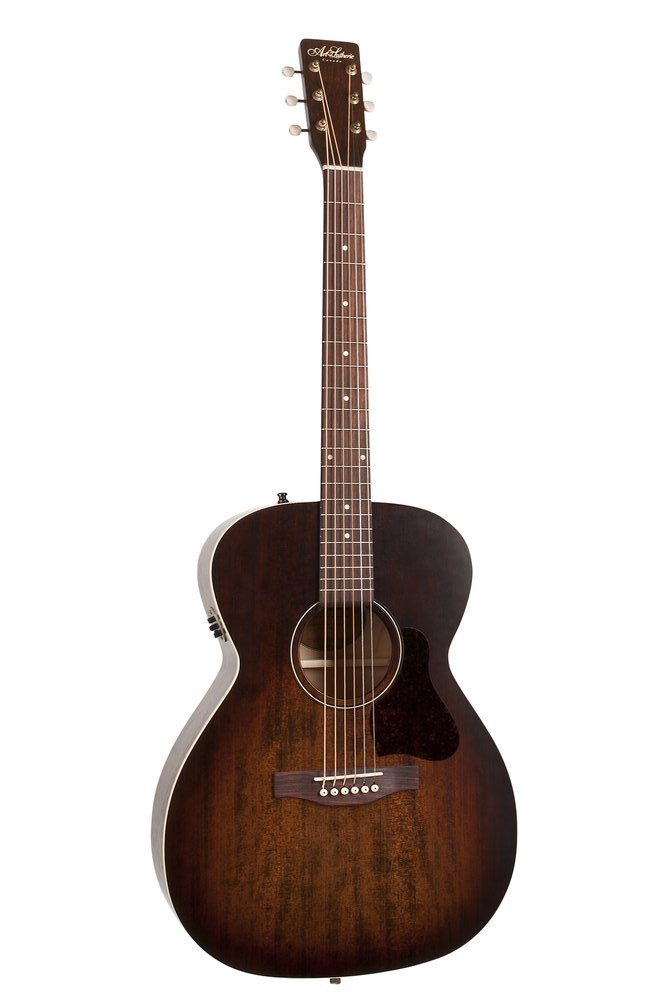 Art & Lutherie Legacy Bourbon Burst with QIT