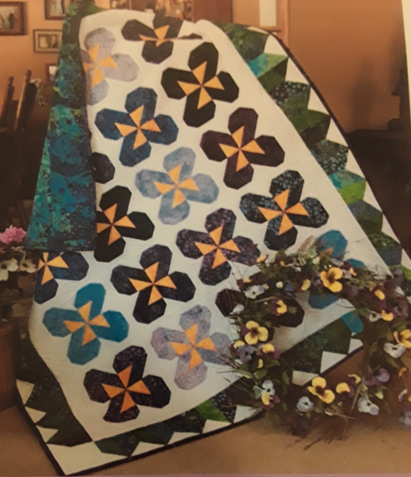 PANSY PARTY THROW