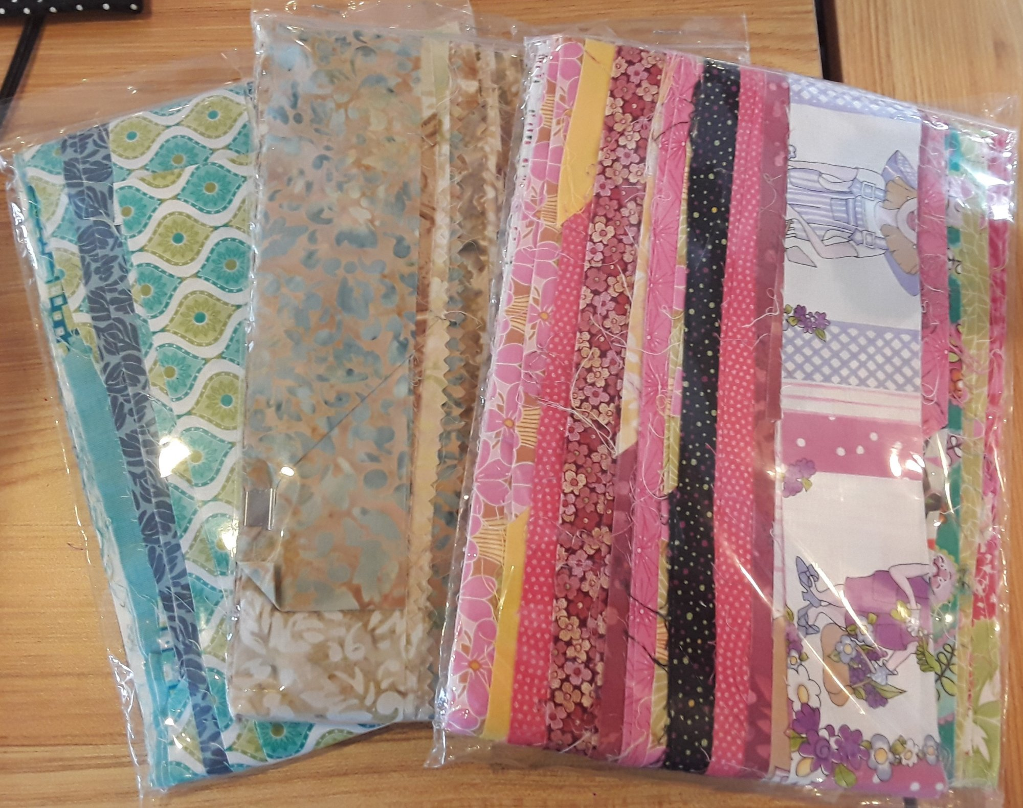 JELLY ROLL RUG STRIPS ASSORTED VARIETY