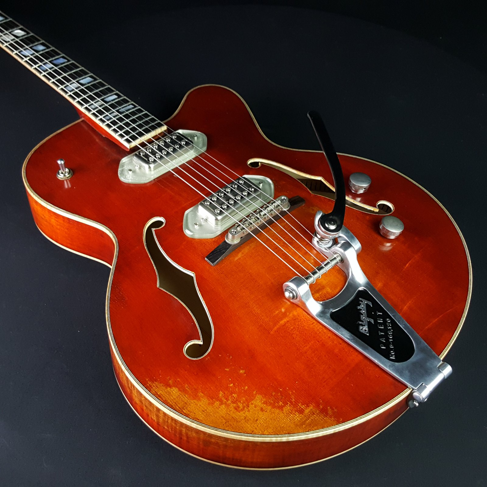 Eastman T58/V Varnish Solid Top Archtop With Case