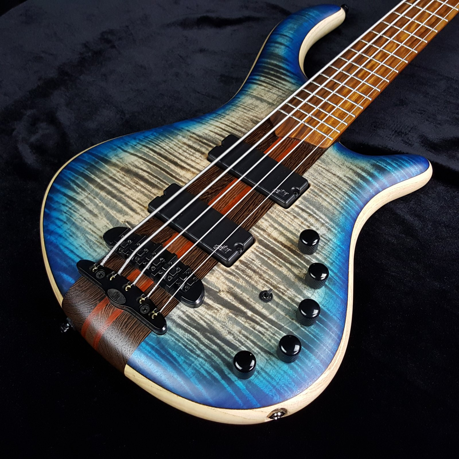 Mayones Patriot 5 Classic Aguilar Flame Maple Bass with Case