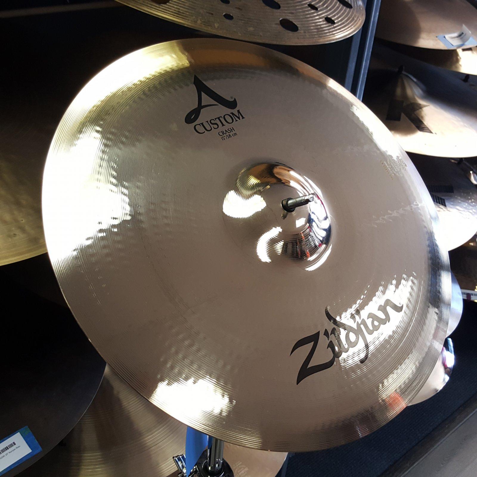 Zildjian 15 A Custom Crash Cymbal Brilliant 851 Grams