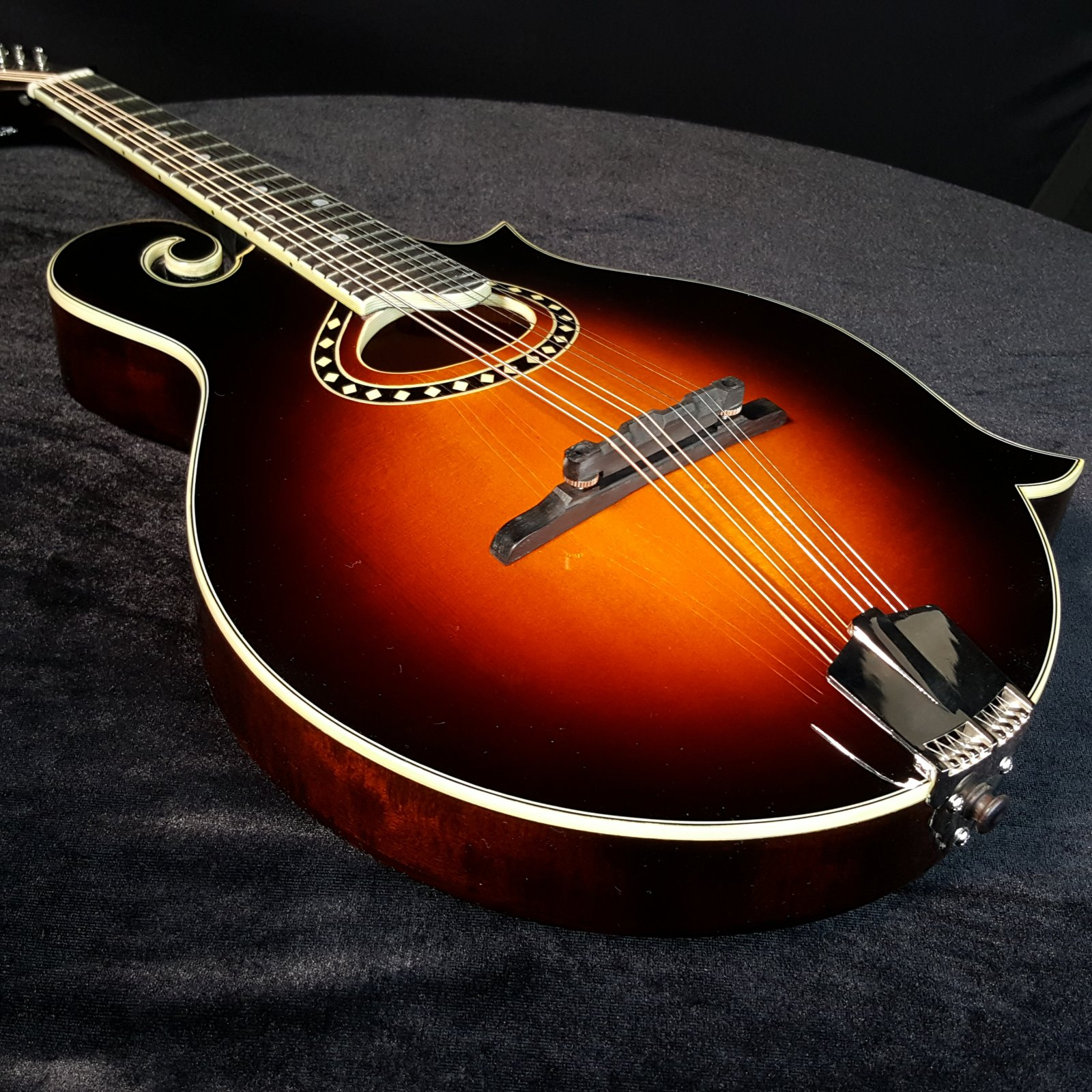 Eastman MD514 F-Style Mandolin in the Classic Sunburst Finish