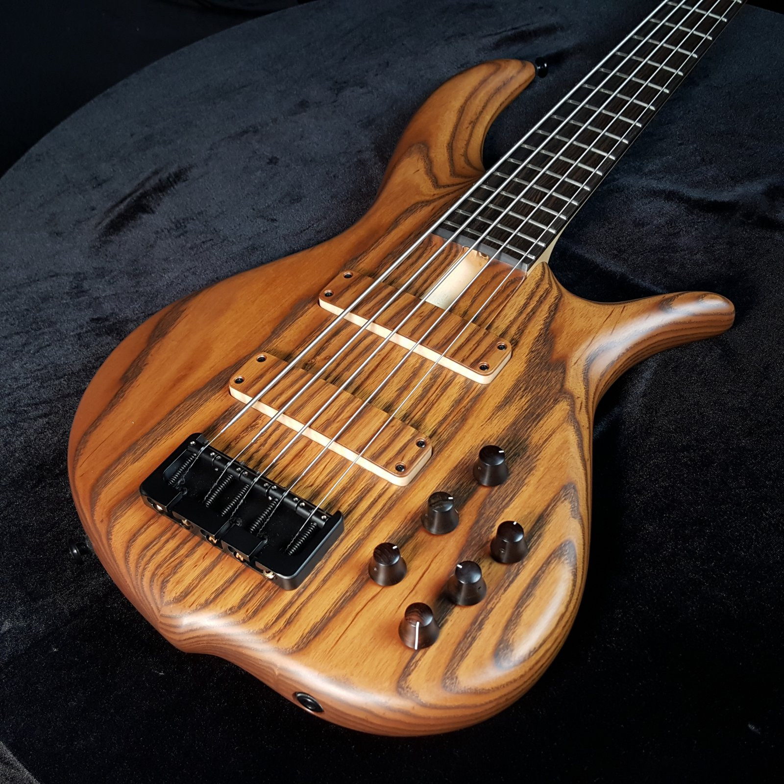 F Bass BN5 Roasted Ash Natural 5 String with Bag