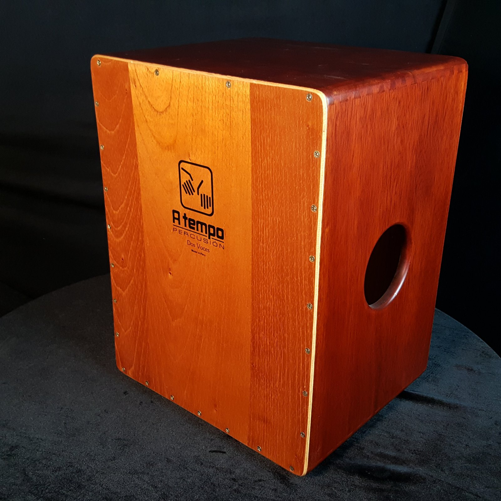A Tempo CJ-DOSV-00 Dos Voces (Two Voices) Cajon with Bag