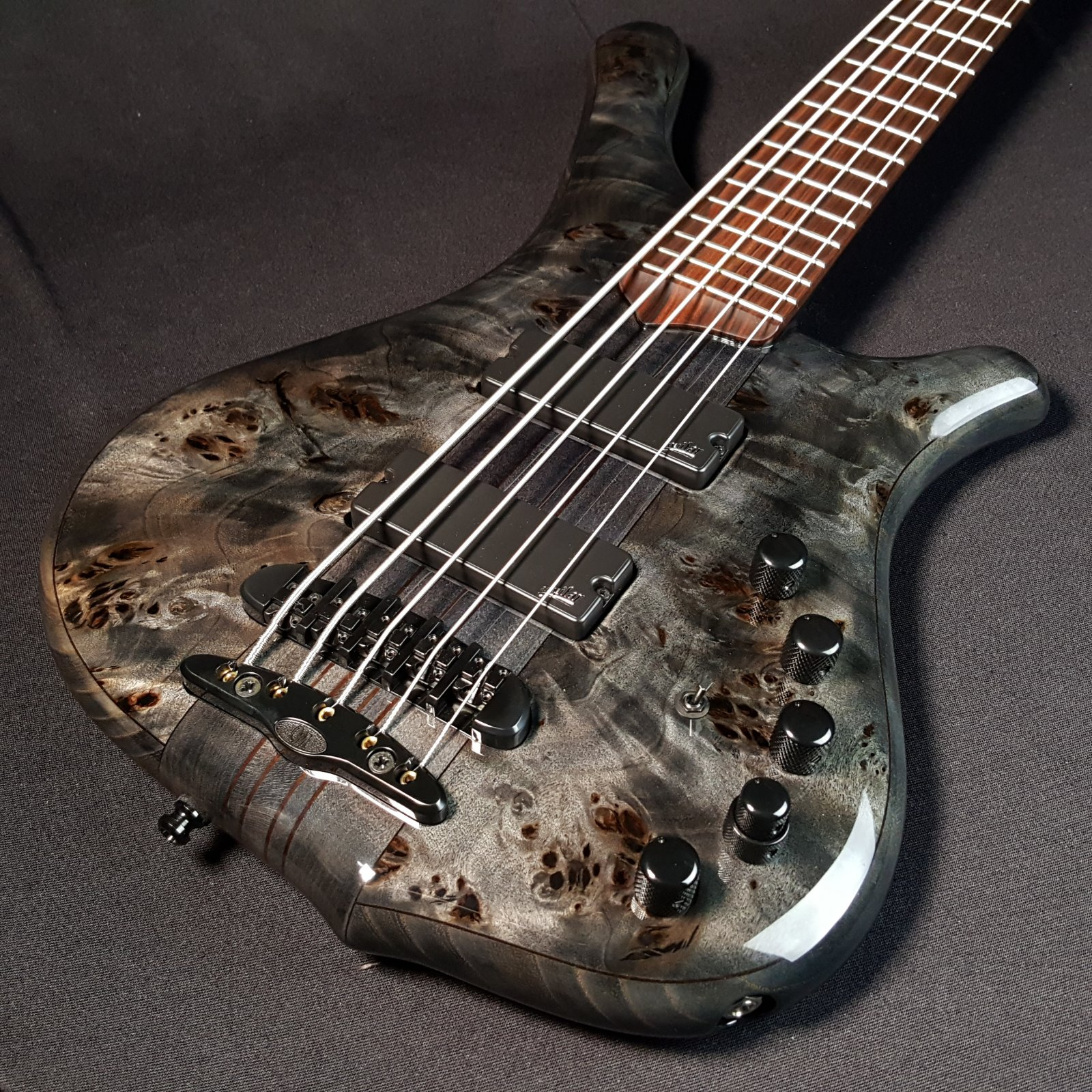 Mayones Comodous 5 String Neck Through Buckeye Liquid Black