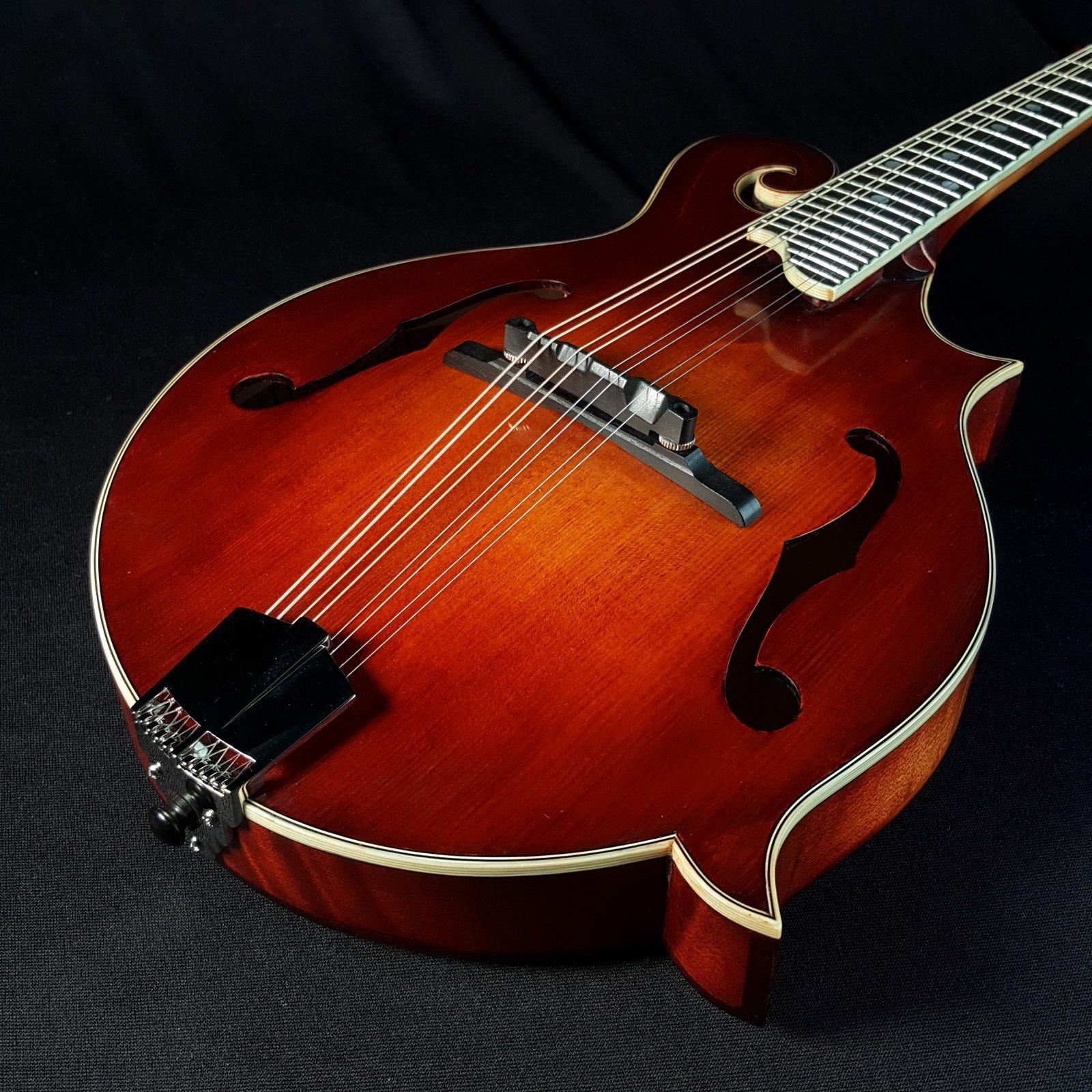 Eastman MD515/V F Style Mandolin Antique Varnish 2051