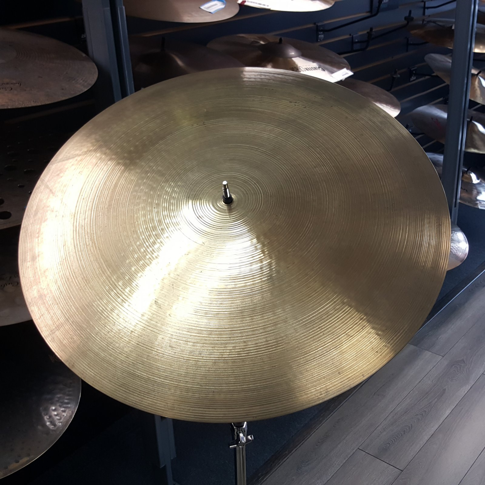 USED Zildjian 22 1970's A Flat Top Bell Ride Cymbal Brilliant Made in Canada 3190gh